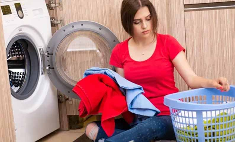 Большая стирка: какчасто нужно менять постельное белье иверхнюю одежду